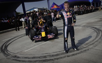 David Coulthard Driving A Red Bull In Mumbai, India