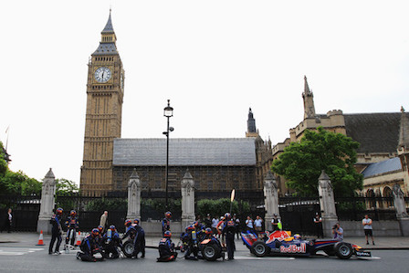 Red Bull Racing Pit Stop In London (Courtesy: Google Images)