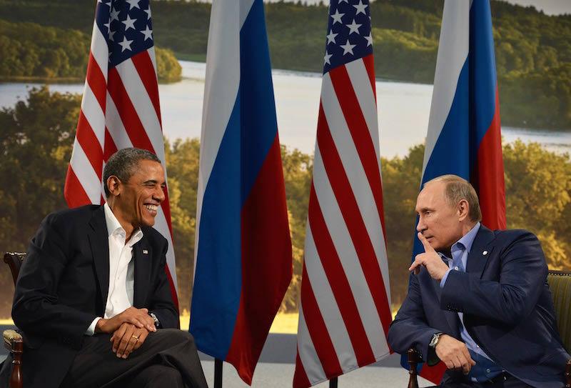 Vladmir Putin and Barack Obama discussing F1? (courtesy: Periodiconmx)
