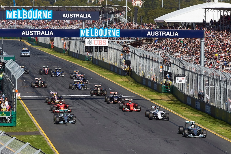 Albert Park, Melbourne, Australia. Sunday 15 March 2015. Lewis Hamilton, Mercedes F1 W06 Hybrid leads Nico Rosberg, Mercedes F1 W06 Hybrid and Felipe Massa, Williams FW37 Mercedes at the start. World Copyright: Steve Etherington/LAT Photographic. ref: Digital Image SNE10997