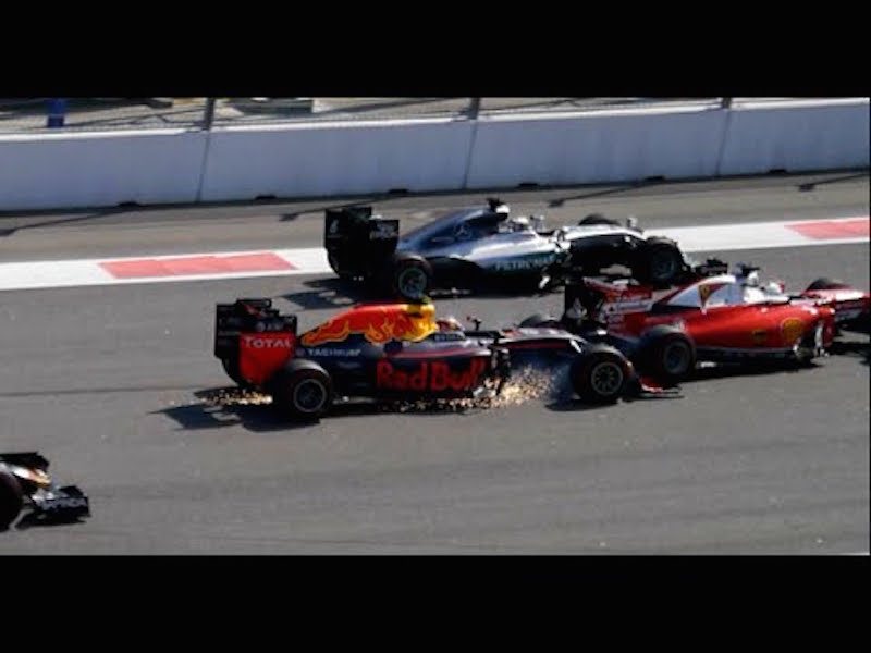 Daniil Kvyat and Sebastian Vettel at the Russian Grand Prix (courtesy: YouTube)
