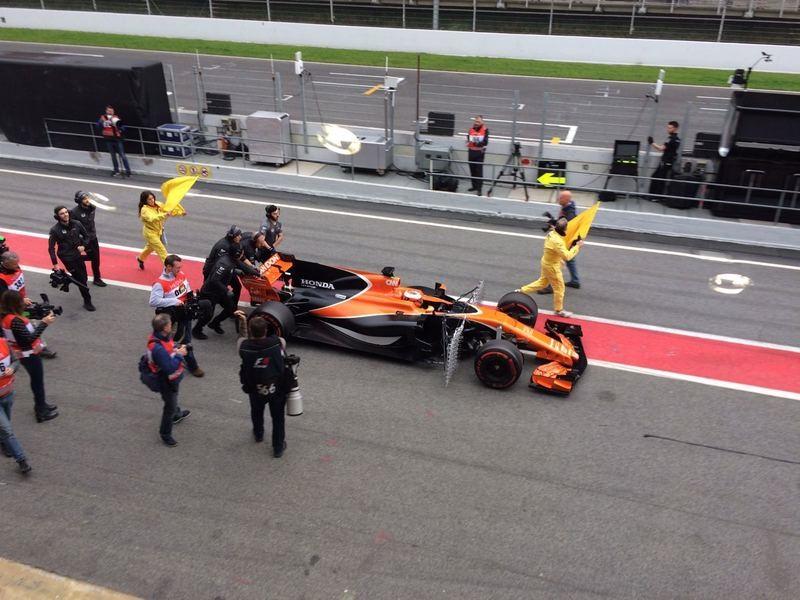 Woes Continue For Mclaren-Honda (courtesy: LAT / Autosport)